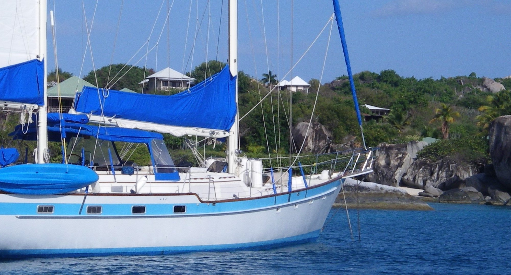 yacht charter brokers motor boats and sailing charters